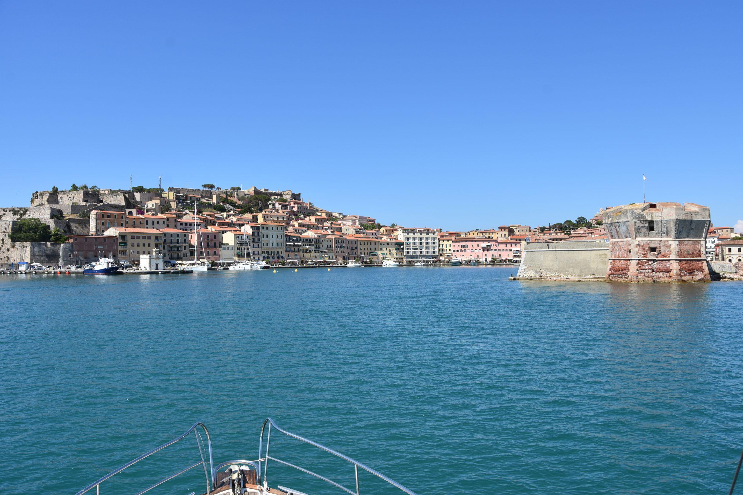13 Porto Ferraio Ile dElbe
